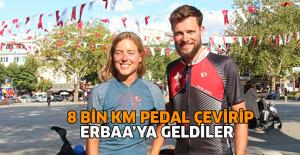 Bisikletle 8 bin kilometre pedal çevirip, Türkiye'ye geldiler