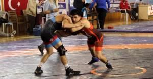 10. Uluslararası Hüseyin Akbaş Güreş Turnuvası