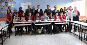 Erbaa'da 9 bin 645 kitap öğrencilerle buluşturuldu