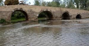 Tokat'ta Roma dönemi köprü hala kullanımda