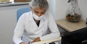 Koronavirüsü yenen doktor: Ne çektiğimi insanlar görse kurallara uyarlardı