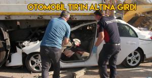 TIR'a çarpan otomobilin sürücüsü ve eşi öldü, 2 çocukları yaralı