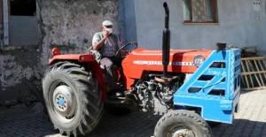 Tokat dışına çıkarmadığı traktörüne, Manisa'da trafik cezası kesildi
