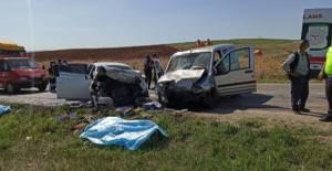 Zile'de feci kaza: 4 ölü 7 yaralı