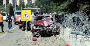 Tokat'ta otomobil virajda takla attı: 3 yaralı