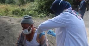 Tokat'ta sağlık ekipleri köylerde aşı çalışmalarını sürdürüyor
