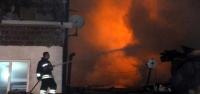 Ahırda Çıkan Yangın 2 Katlı Evi Kül Etti