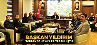 Erbaa Belediye Başkanı Hüseyin Yıldırım toprak sanayicileriyle buluştu
