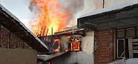 Niksar'da Ev Yangını: 1 Ölü