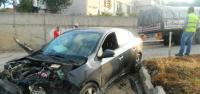 Otomobil ile Tır Çarpıştı: 2 Yaralı